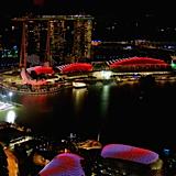 Equinox-Swissotel-The-Stamford-Singapur-nocą