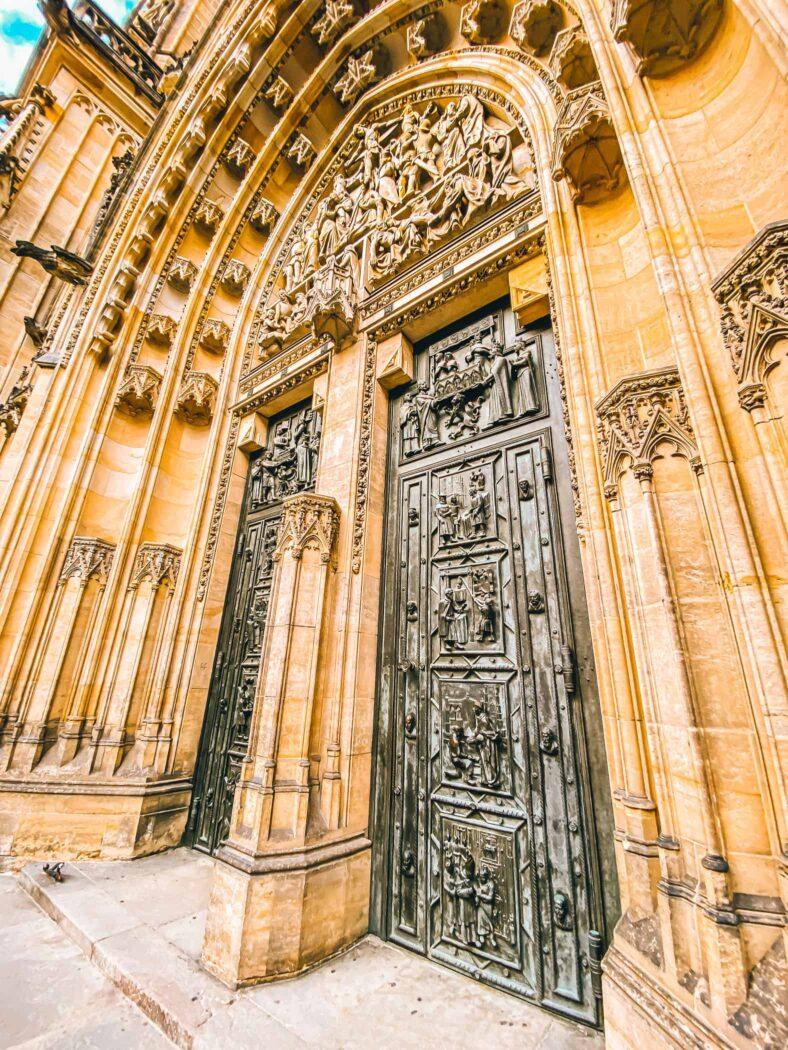 Katedra św. Wita, wejście od strony zachodniej