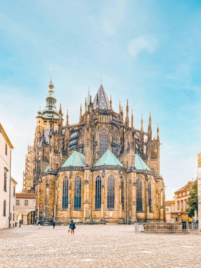 Katedra św. Wita widok od strony wschodniej